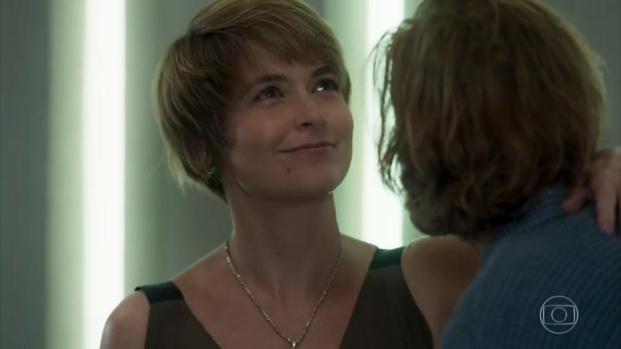 """Claudia Abreu interpreta Helô na novela """"A Lei do Amor"""", da TV Globo - Reprodução/TV Globo"""