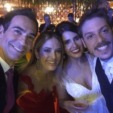 Cesar Tralli e Ticiane Pinheiro no casamento de Fábio Porchat e Nataly Mega - Reprodução/Instagram/cesartralli