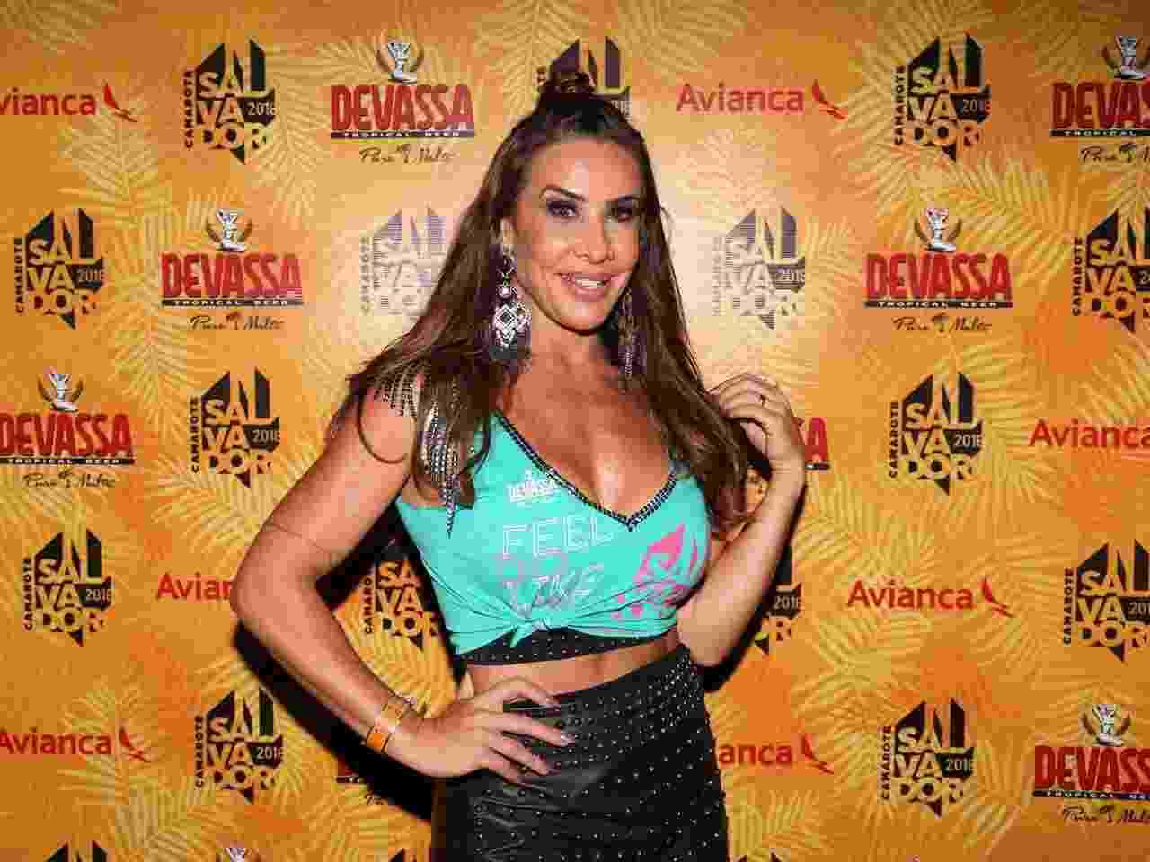 A dançarina Scheila Carvalho no camarote Salvador - Deividi Correa/AgNews
