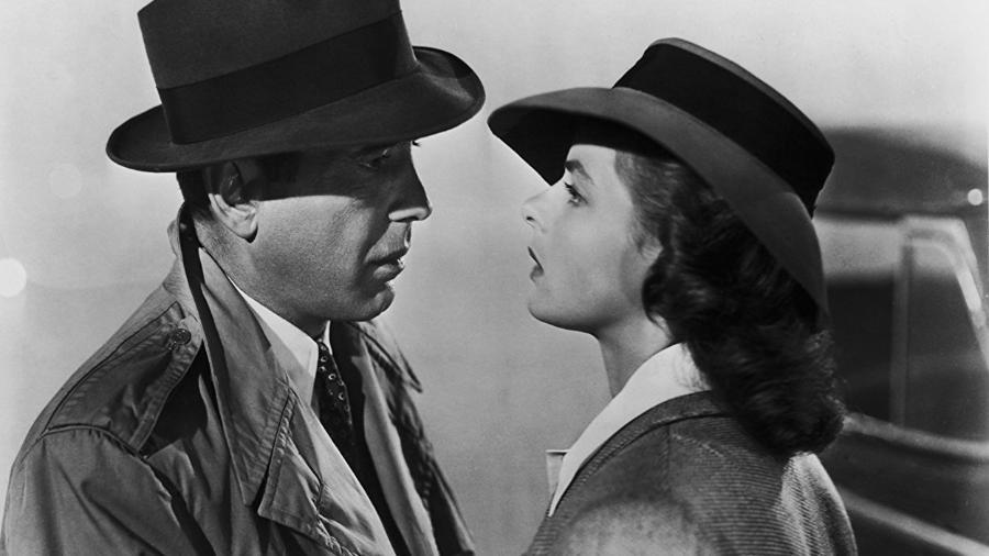 """Humphrey Bogart e Ingrid Bergman em uma história de amor que foi referência nos anos 40: """"Casablanca""""  - Divulgação"""