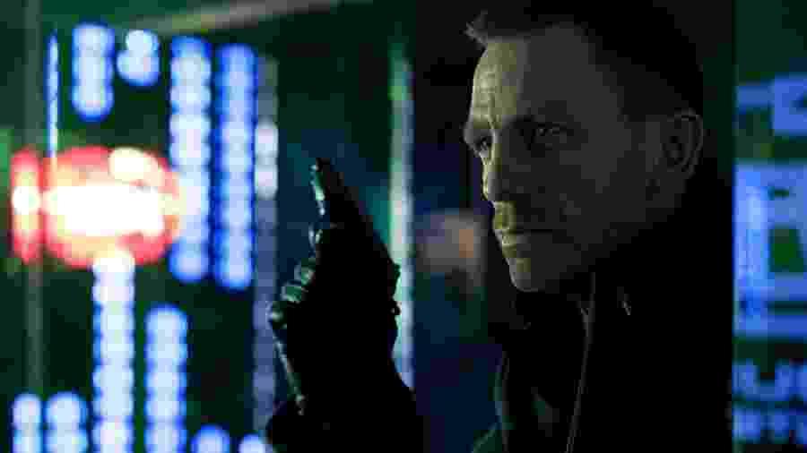 Daniel Craig em cena de 007 - Operação Skyfall (2012) - Divulgação