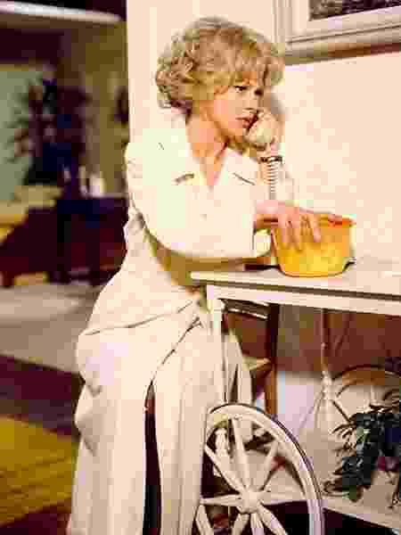 """Barbara Harris em cena de """"Um Dia Muito Louco"""" (1976) - Divulgação"""