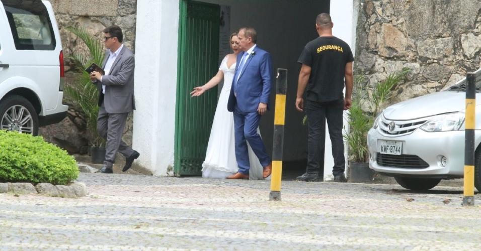 Jayme Monjardim e Tânia Mara oficializam união no Rio de Janeiro