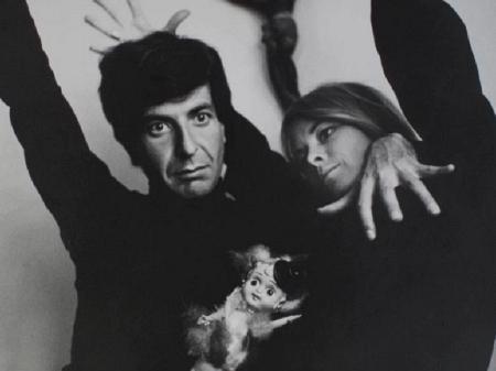 Cartas de amor de Leonard Cohen à musa Marianne serão leiloadas ...