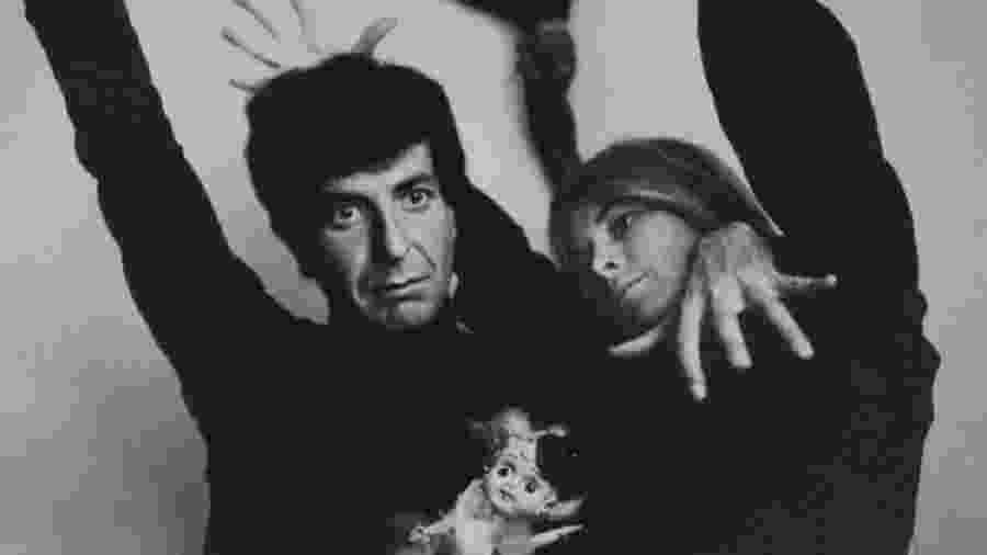 Marianne Ihlen e Leonard Cohen em 1966 - Reprodução