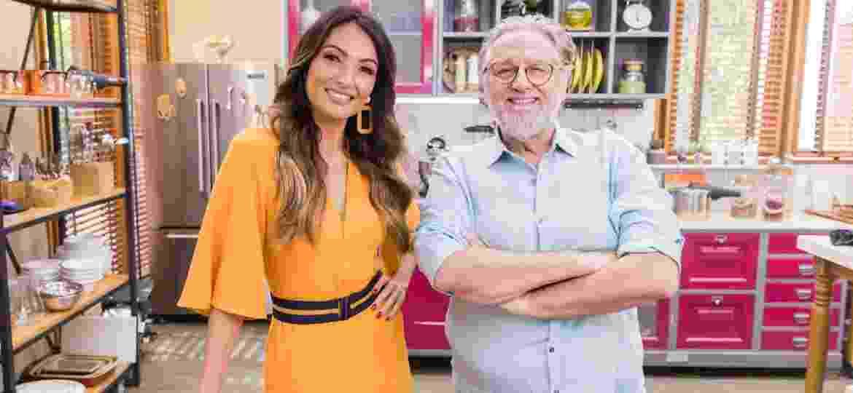 Patrícia Poeta posa ao lado do chef Ravioli - Victor Pollak/TV Globo