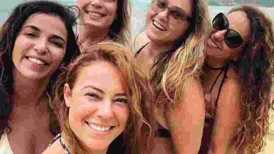 Paolla Oliveira aproveita praia com as amigas  - Reprodução/Instagram/Paolla Oliveira