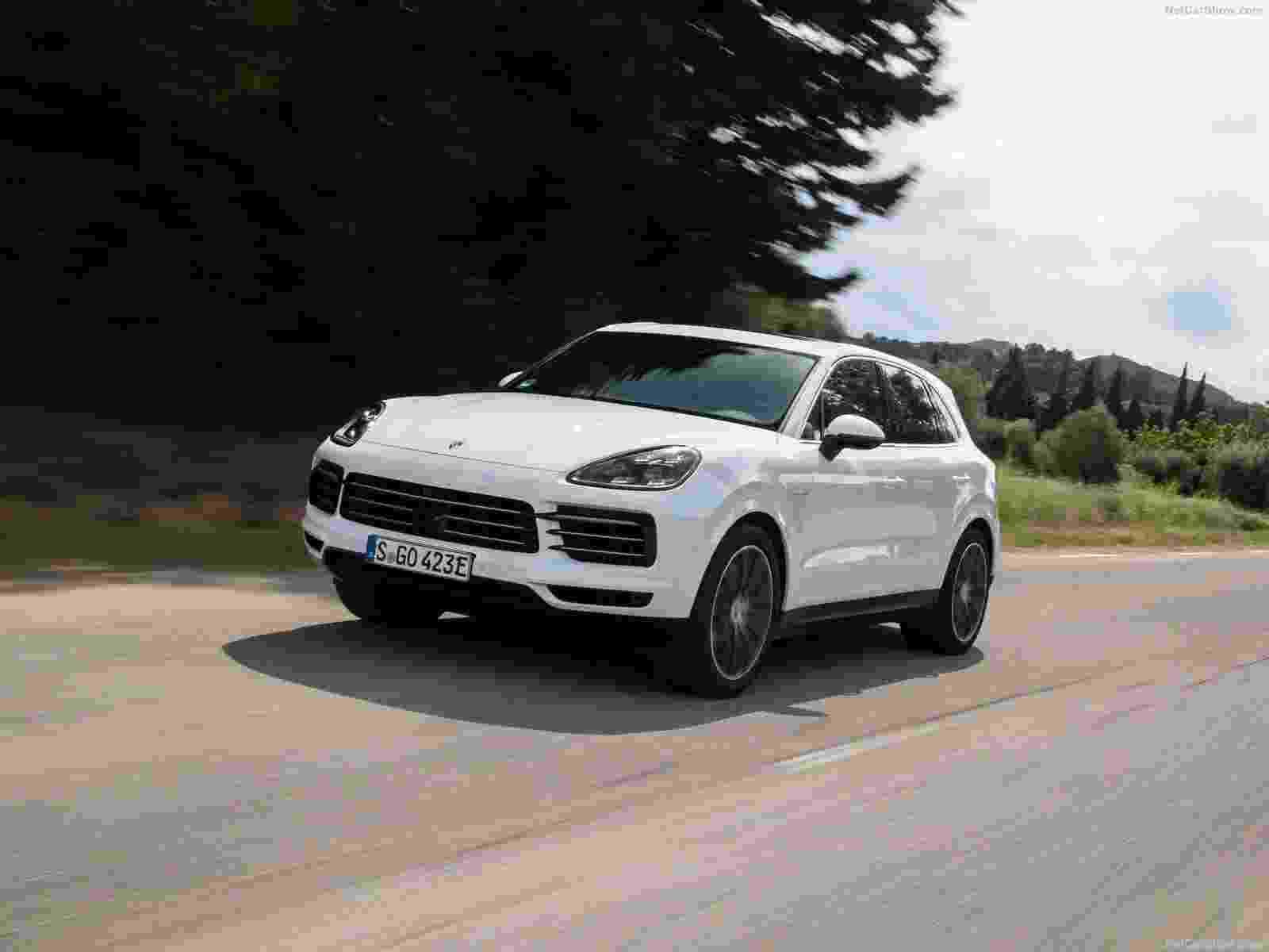 Porsche Cayenne E-Hybrid - Divulgação