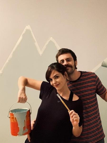 Titi Müller e Tomás Bertoni pintam o quarto do filho - REPRODUÇÃO/INSTAGRAM