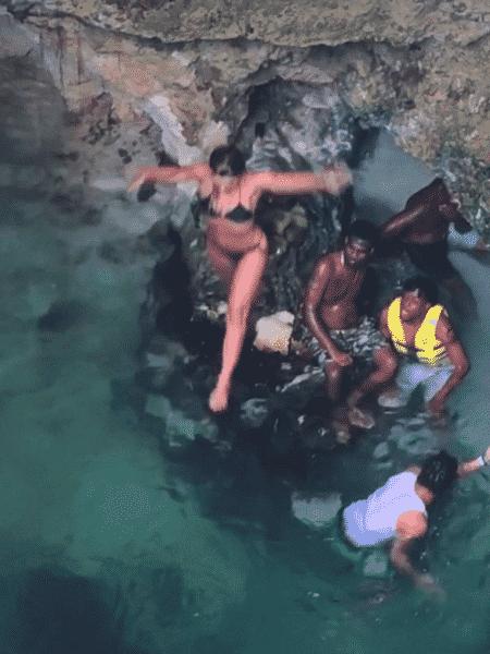 Carolina Dieckmann lembrou aventura durante viagem na Jamaica - Reprodução/Instagram/@loracarola