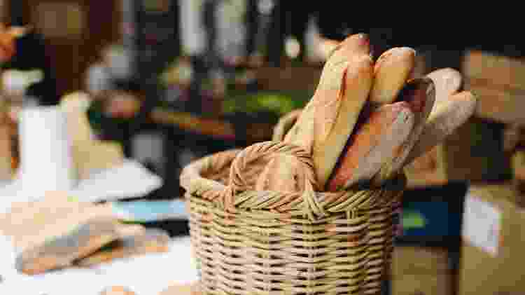 Baguete: farinha, água, fermento e sal - Getty Images/Cavan Images RF - Getty Images/Cavan Images RF