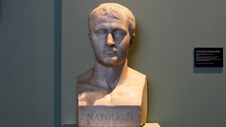Busto de Napoleão I, de uma maquete do escultor francês Antoine Denis Chaudet - AFP