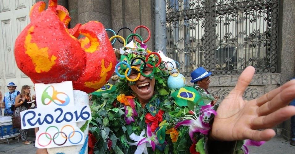 14.fev.2016 - Monobloco comanda encerramento de Carnaval no centro do Rio de Janeiro