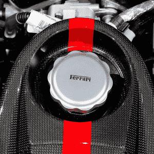 Ferrari LaFerrari Aperta Paris - Benoit Tessier/Reuters