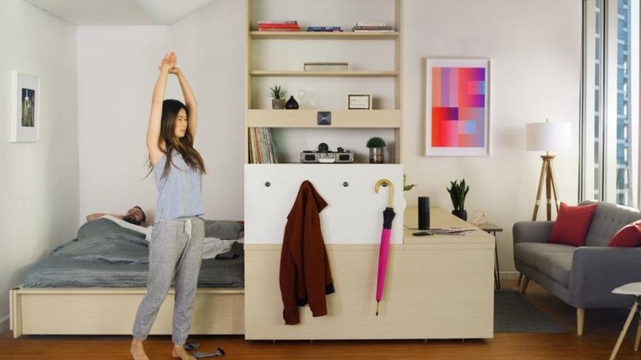 O sistema de mobiliário robotizado Ori pode ser acionado por um botão, por comando de voz ou por um aplicativo - Reprodução/Inhabitat