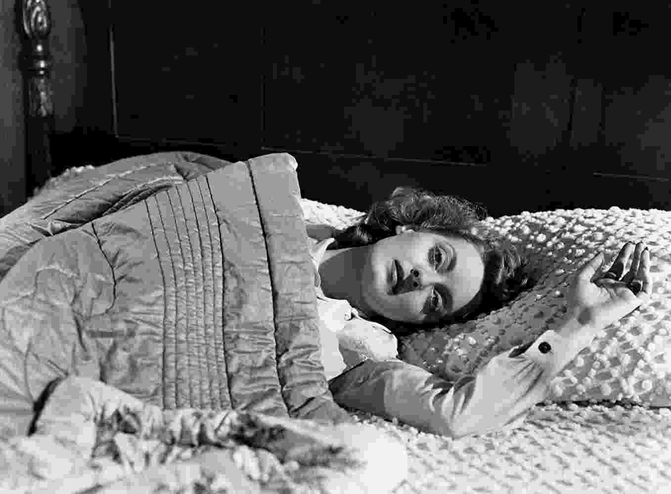 """Bette Davis em cena de """"Vitória Amarga"""" (1939) - Divulgação"""