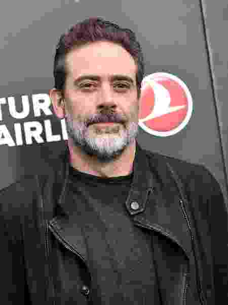 "Jeffrey Dean Morgan posa vive Negan em ""The Walking Dead"" - Dimitrios Kambouris/Getty Images Entertainment/Getty Images"