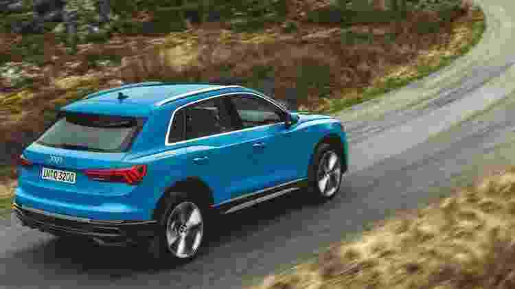 Nova geração do SUV compacto Q3 traz entre-eixos de 2,68 m; são quase 8 cm a mais que o modelo atual - Divulgação