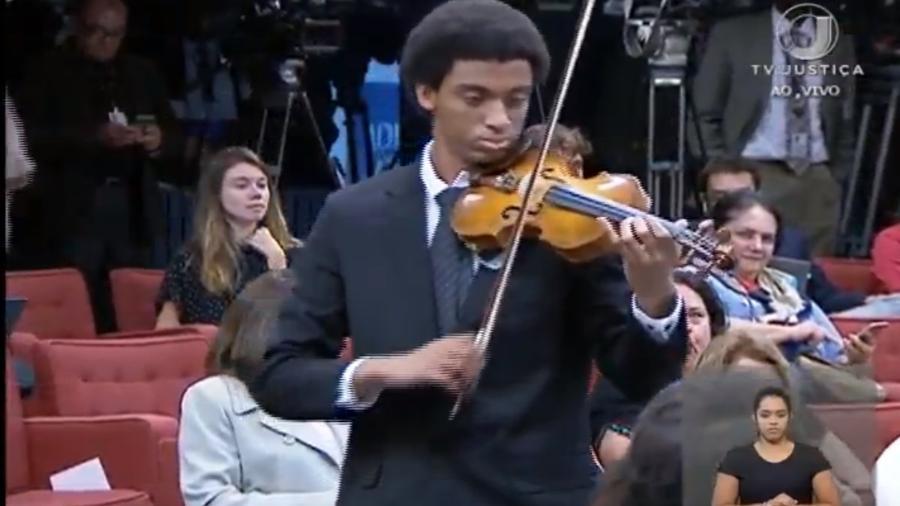 Falsa invasão de violinista era parte da argumentação de grupo contra descriminalização do aborto - Reprodução/TV Justiça