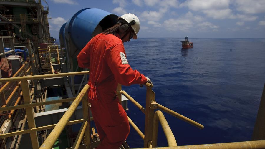 Apenas oito mulheres trabalham na plataforma de petróleo P66 - Rafael Andrade/Folhapress
