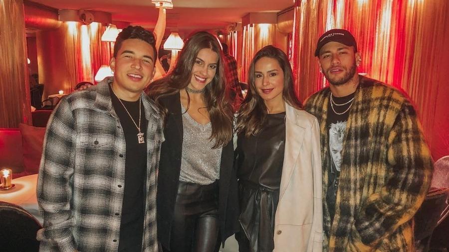 Gil Cebola, Angela Munhoz, Dani Sachetti e Neymar saíram juntos em Paris, no início de dezembro  - Reprodução/Instagram/@danisachetti