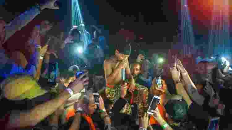 Aos 11 anos, MC Caverinha canta seus traps em shows lotados - Alexandre Santos/Divulgação