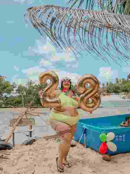 Thais Carla ganha festa surpresa - Reprodução/Instagram
