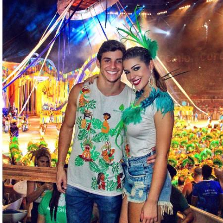Ex-BBBs Vivian e Manoel curtem Festival de Parintins - Reprodução/Instagram/amorimvivian