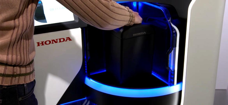 """""""Battery pack"""" da Honda é um conjunto de células embaladas em forma de tanque; basta trocar um usado por outro carregado - Divulgação"""