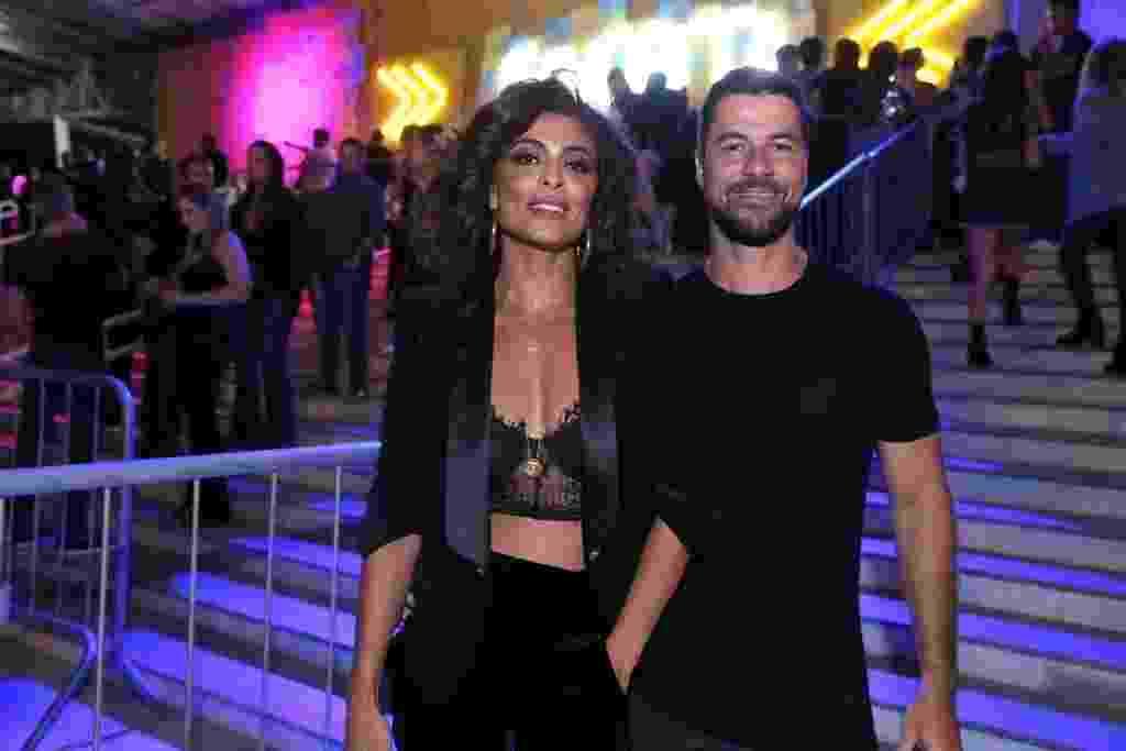 Juliana Paes foi com o marido Carlos Eduardo Baptista ao Baile da Favorita, no Rio - Anderson Borde/AgNews