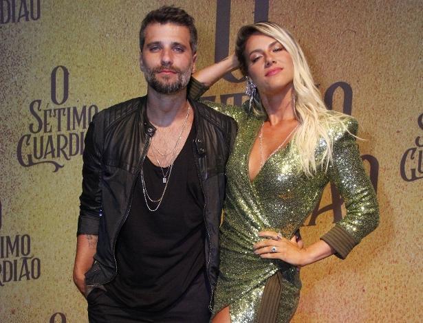 """Elenco participa do lançamento de """"O Sétimo Guardião"""", nova novela das nove da Globo"""