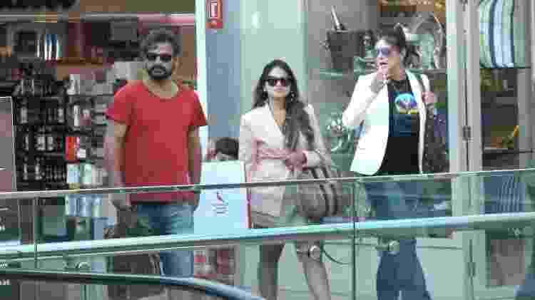 Cristiana Oliveira e o namorado curtem passeio em shopping no Rio - AgNews - AgNews