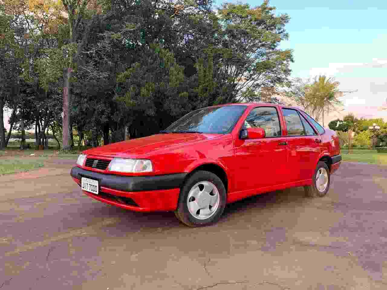 Fiat Tempra Stile turbo 1996 interior bege Alexandre Badolato - Arquivo pessoal