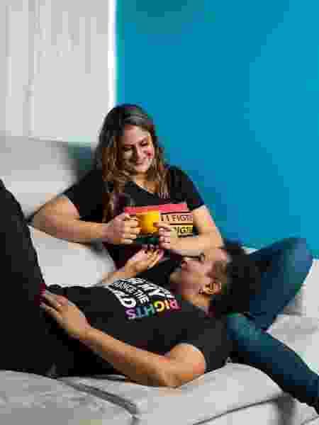 Bruna e Flávia são casadas e já viveram situações de lesbofobia em hotéis pelo Brasil - Arquivo pessoal - Arquivo pessoal