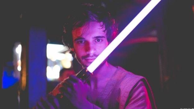 O jovem Kelvin Oliveira, que procura seguir os preceitos filosóficos dos mestres Jedi