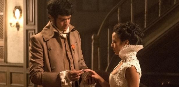 """Rubião pede Rosa em casamento:  """"Se você aceitar o meu pedido, fará de mim o homem mais feliz do mundo"""" - Divulgação/Tv Globo"""