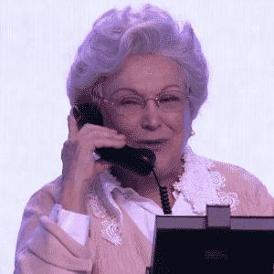 """2.jul.2016 - Alguns atores da Globo relembraram personagens de sucesso durante o chamado """"mesão da esperança"""" na campanha """"Criança Esperança"""", na tarde deste sábado (2) - Reprodução/TV Globo"""