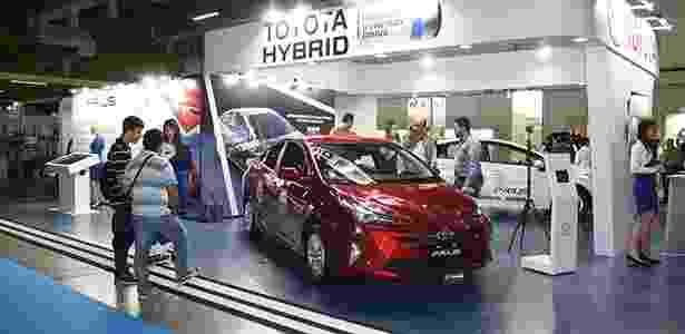 Toyota Prius é o híbrido de mais sucesso no Brasil e passou por recente reformulação - Murilo Góes/UOL