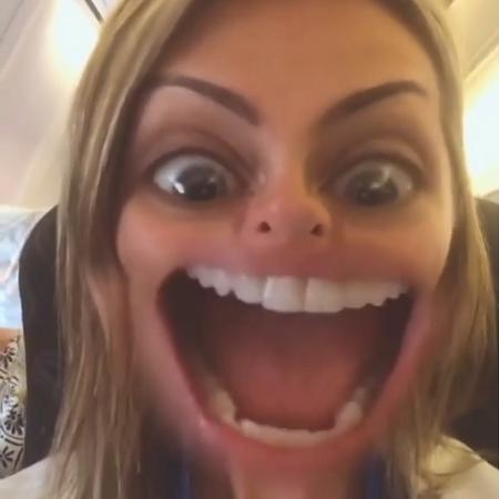 Ana Hickmann brinca que sua boca está do tamanho da sala que virou meme na web - Reprodução/Instagram/ahickmann