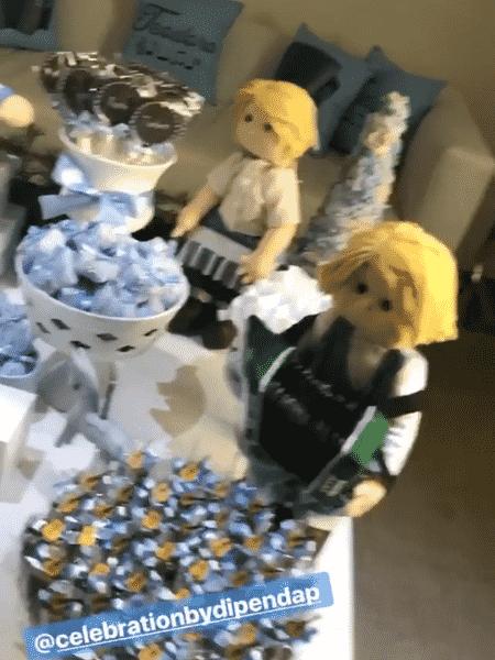 Detalhe dos bonequinhos músicos na mesa de doces - Reprodução/Instagram - Reprodução/Instagram