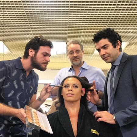 """Emílio Dantas, Dan Stulbach e Gustavo Machado """"arrumam"""" Silvero Pereira - Reprodução/Instagram"""