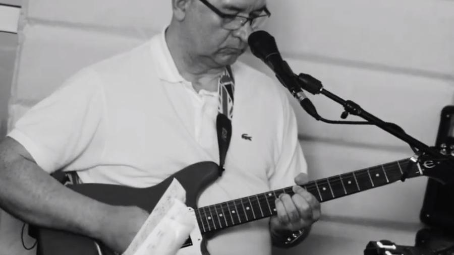 """Herbert Viana faz versão ska de """"Noite Feliz"""" - Reprodução"""