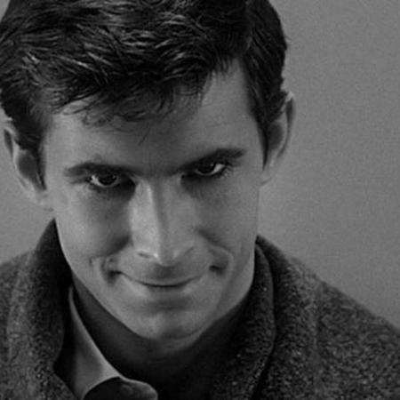 """Norman Bates é o personagem fictício criado pelo escritor Robert Bloch, protagonista de seu romance """"Psicose"""" - Universal Pictures via BBC"""