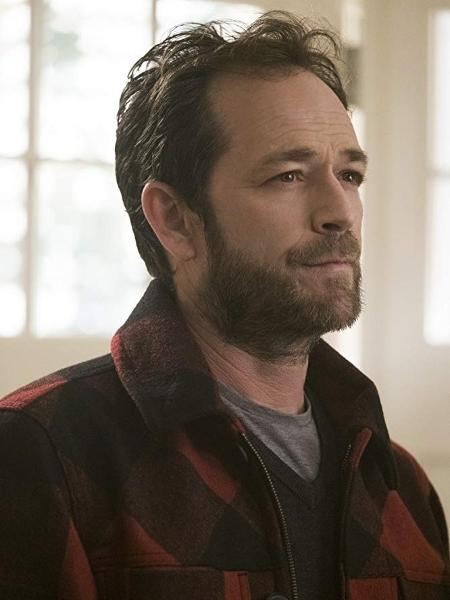 "Luke Perry em ""Riverdale"" - THE CW"