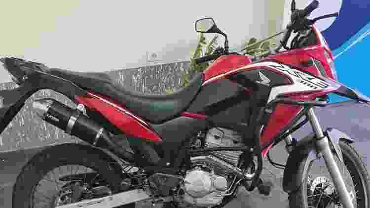A moto Honda que foi alvo da multa em Osvaldo Cruz, no interior de SP; prefeitura admite erro - Arquivo pessoal - Arquivo pessoal