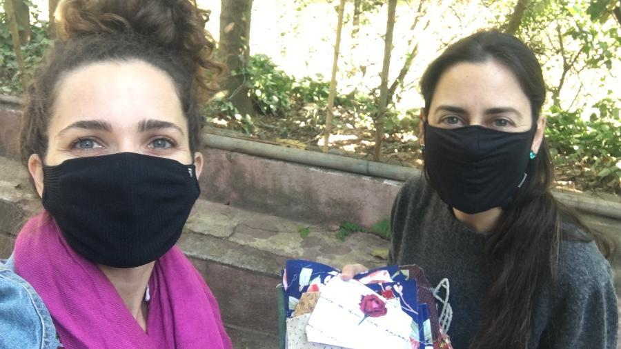 Ao empregar o retalho de algodão, Danila e Rute desviam tecido que iria para o aterro sanitário - Divulgação