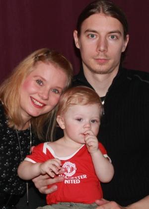 Maila, o marido, Juha, e o filho, Luke  - Arquivo pessoal