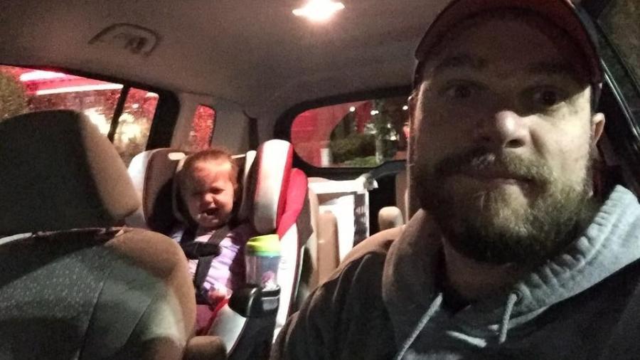 Clint e sua filha menor - Arquivo pessoal