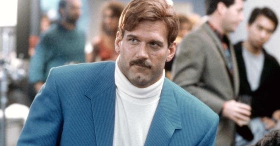 """Jesse Ventura em cena no filme """"O Sobrevivente"""" (1987)"""
