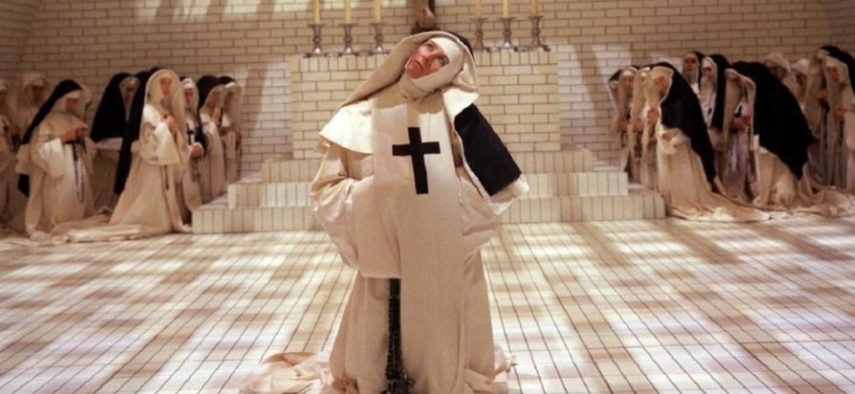 """Vanessa Redgrave em cena de """"Os Demônios"""" - Reprodução"""